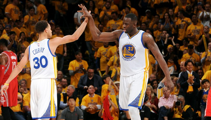 Curry y Green son dos pilares de los Golden State Warriors