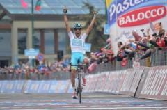 Giro de Italia 2015: Aru repite victoria y Contador es virtual ganador