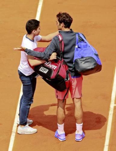 Federer a segunda ronda en Roland Garros