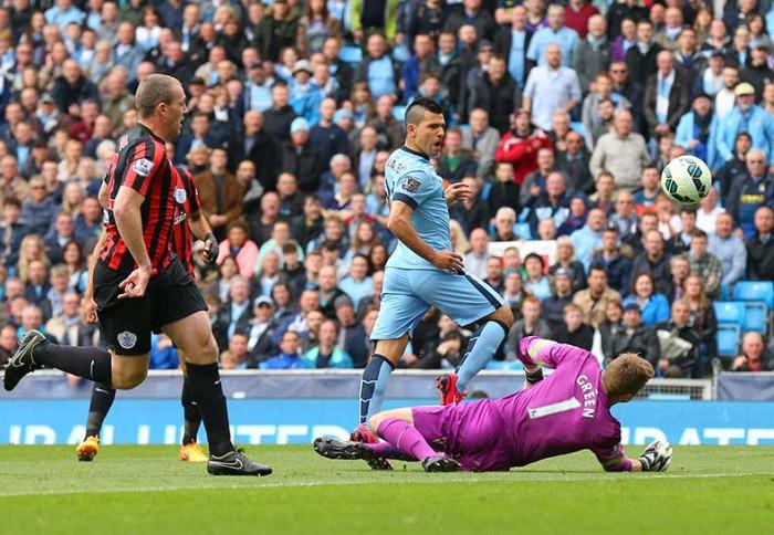 Kun Aguero con el Manchester City