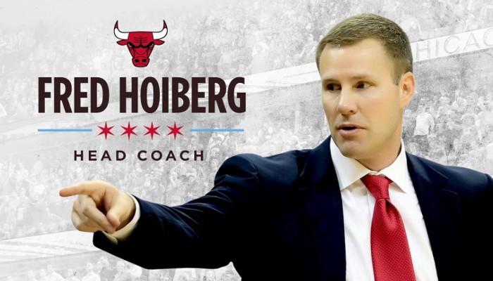 Fred Hoiberg es el nuevo entrenador de los Bulls