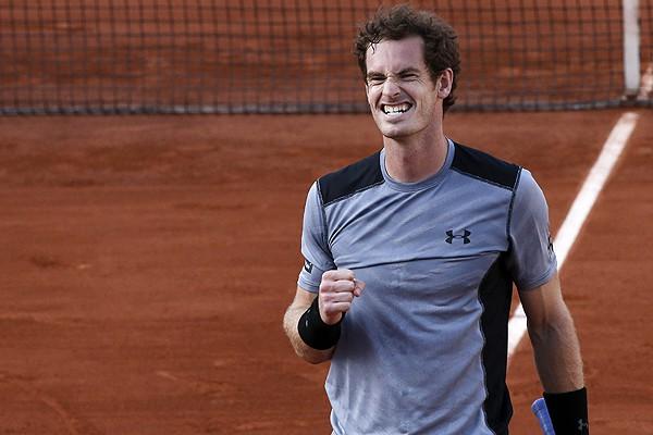 Murray a semifinales en Paris