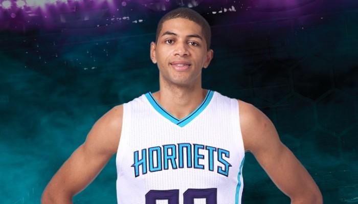 NBA: los Blazers traspasan a Nico Batum a los Charlotte Hornets