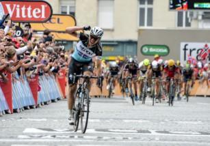 Tour de Francia 2015: Tony Martin gana la etapa del pavé y consigue el liderato