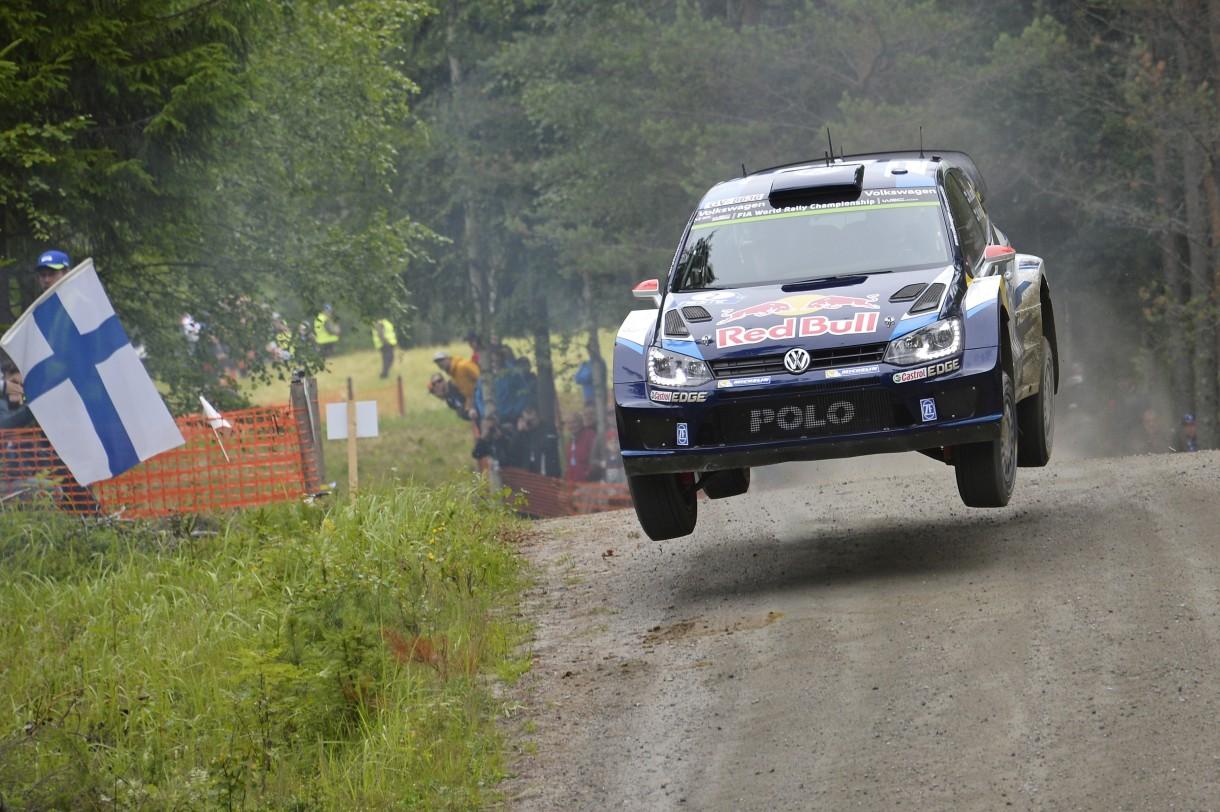 Rally de Finlandia 2015: Latvala gana por delante de Ogier, Dani Sordo acaba 11º