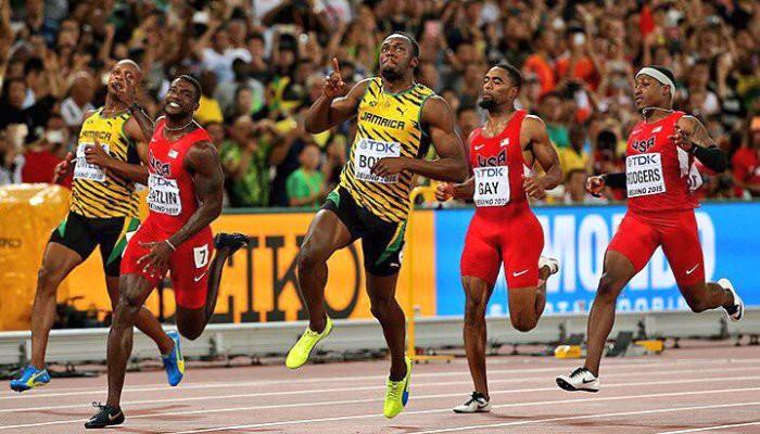 Usain Bolt batió a Gatlin en la final de los 100 metros