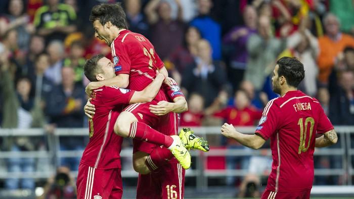 España superó a Eslovaquia y le quita la primera plaza del grupo