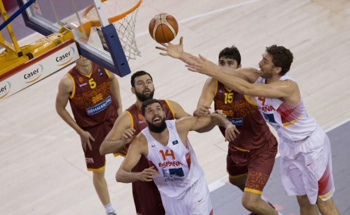 España ante Macedonia en la gira de preparacion