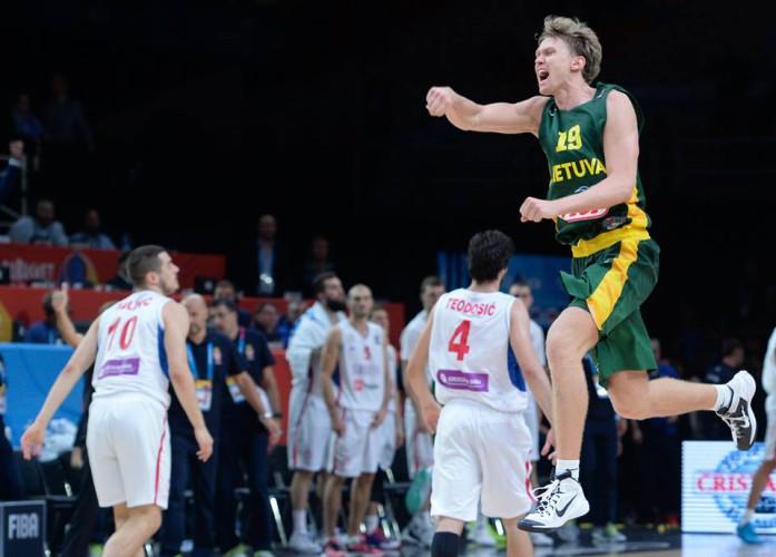 Lituania gano a Serbia