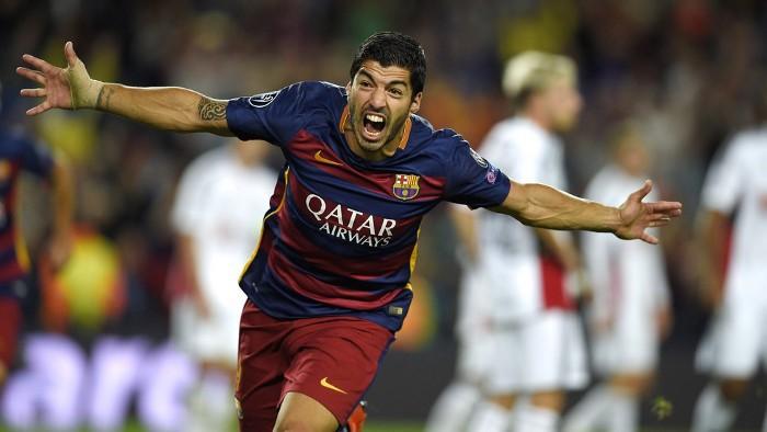 El Barcelona remontó con gol de Luis Suárez