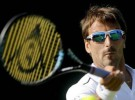 ATP Kuala Lumpur 2015: Kyrgios y Karlovic a cuartos; ATP Shenzhen 2015: Robredo a cuartos
