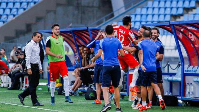 El Almería ha destituido a Sergi Barjuán