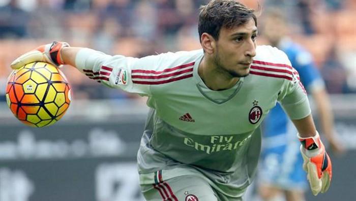 Donnarumma ha debutado en el AC Milan con 16 años