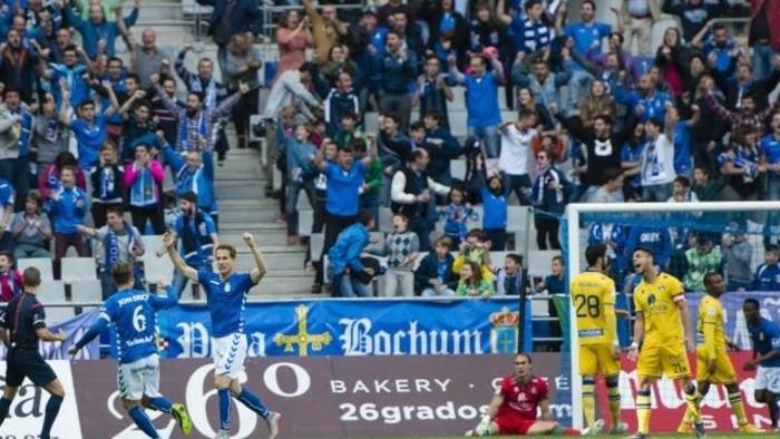 El Oviedo sigue en la zona alta de la clasificación