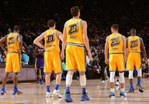 NBA: los Warriors logran el mejor arranque de la historia, 16-0