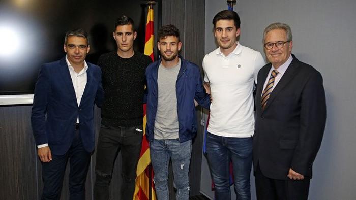 Sergi Guardiola, con jersey negro, antes de que se frustrara su fichaje por el filial del Barcelona
