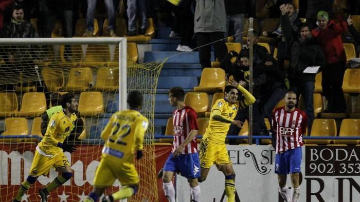 El Alcorcón sigue en puestos de playoffs