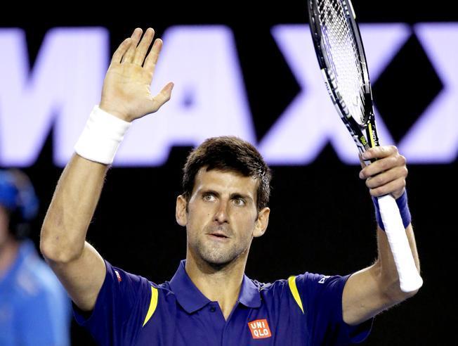 Djokovic a tercera ronda en Australia