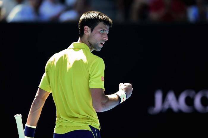 Djokovic debuta con exito en Australia