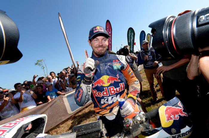 Toby Price ganador de la categoria de motos