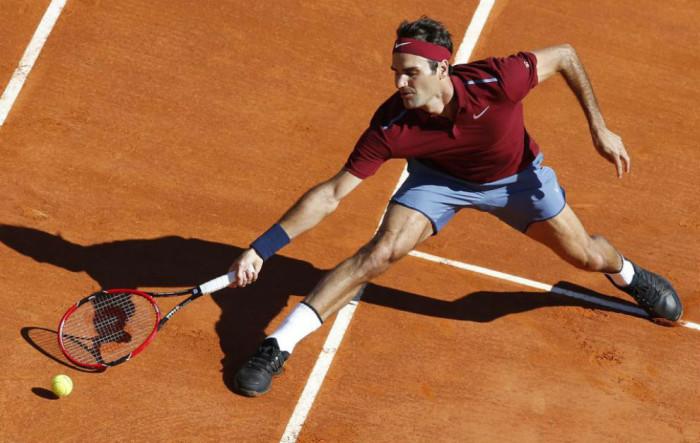 Federer a octavos en Montecarlo