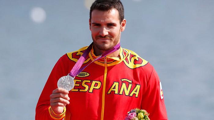 Craviotto llevó la bandera española en la clausura de Londres 2012
