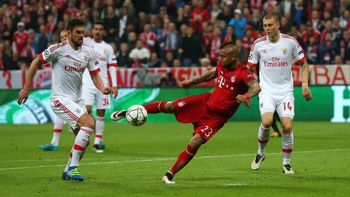 Con un gol de Vidal el Bayern ganó al Benfica