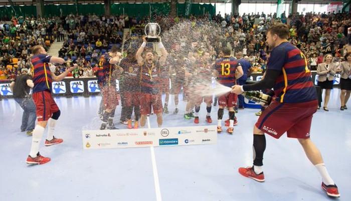 El Barcelona de balonmano celebra un nuevo título de Copa del Rey