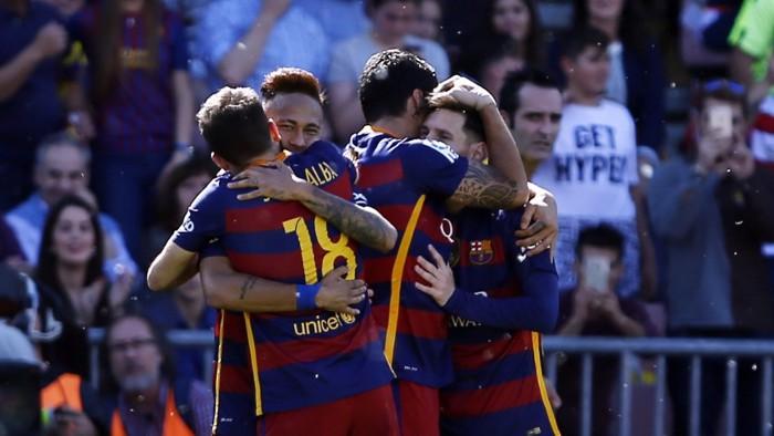 El Barça ganó la liga al vencer 0-3 en Granada