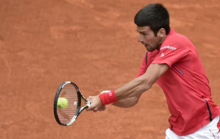 Djokovic a cuartos de final en Madrid
