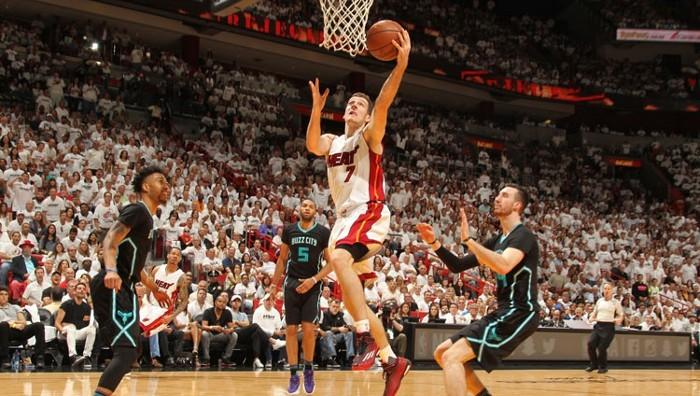 Los Heat eliminaron a los Hornets en el séptimo partido