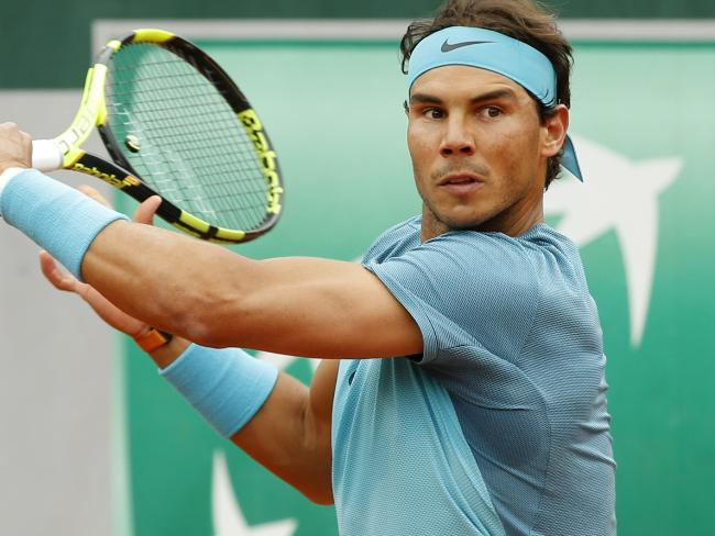 Nadal arrolla a Groth en Roland Garros
