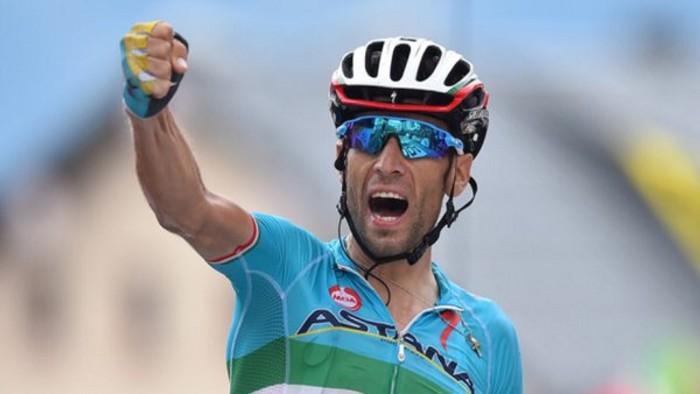 Nibali vence en la decimonovena etapa del Giro de Italia 2016
