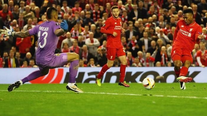 Sturridge marcó uno de los goles que sentenciaron al Villarreal