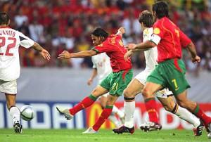 Un gol de Nuno Gomes nos dejó fuera de la Euro 2004