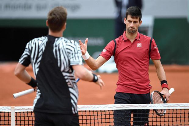Djokovic a semifinales en Roland Garros