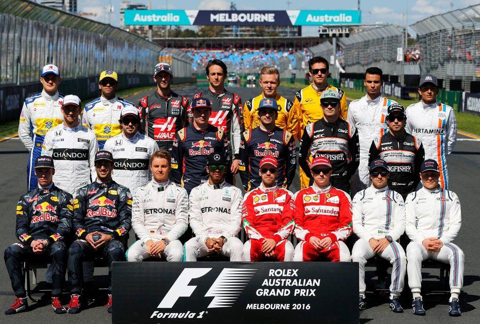 La parrilla de F1 para 2017 va configurándose con las renovaciones de Raikkonen, Ricciardo, Pérez, Hülkenberg o Sainz