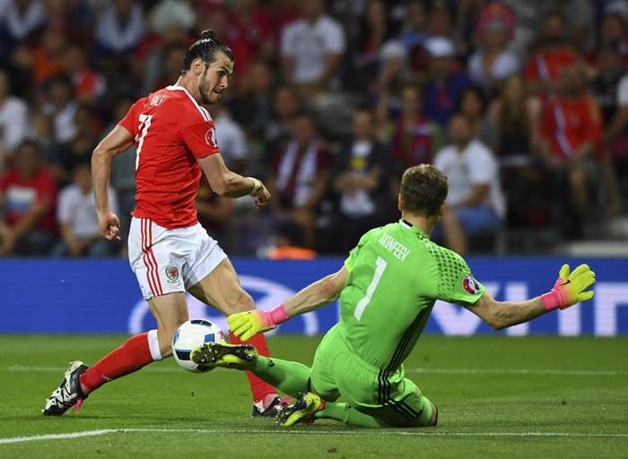 Rusia Gales Eurocopa