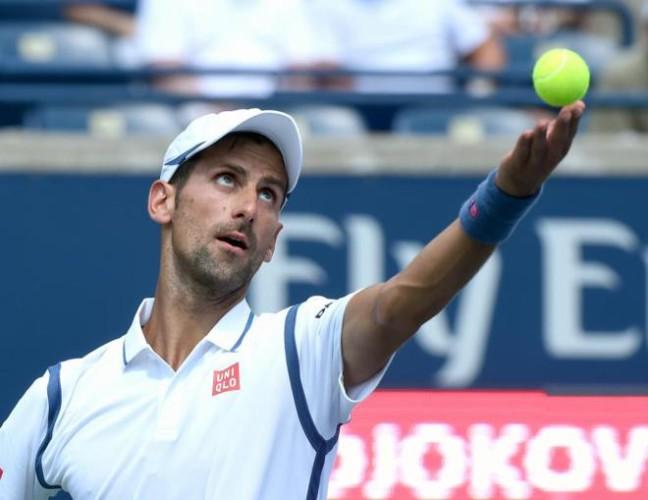 Djokovic a cuartos de final en Toronto