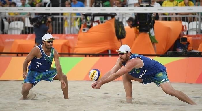 Brasil se llevó el oro en vóley playa masculino