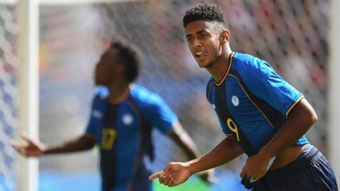Un gol del hondureño Lozano eliminó a Argentina