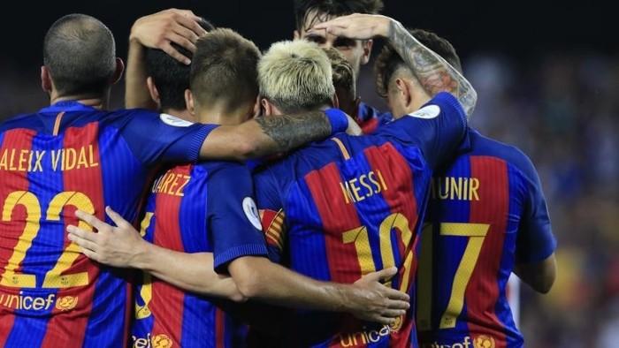 El Barcelona se llevó la Supercopa de España con claridad