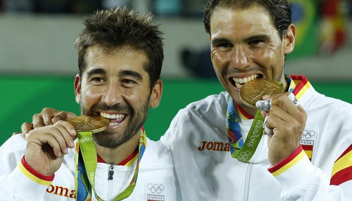 López y Nadal consiguen el primer oro del tenis español en dobles