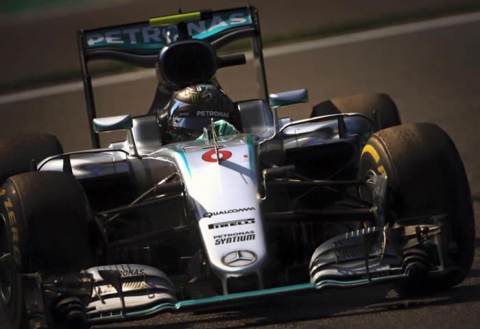 Nico Rosberg gana en Spa