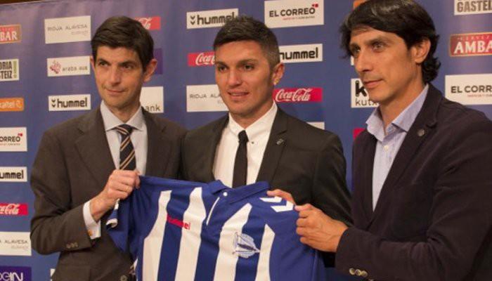 Daniel Torres es el fichaje estrella del Deportivo Alavés