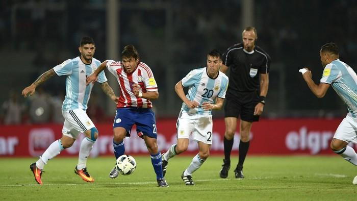 Paraguay sorprendió a Argentina, que sigue fallando