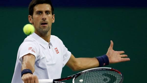 Djokovic a semifinales en Shanghai