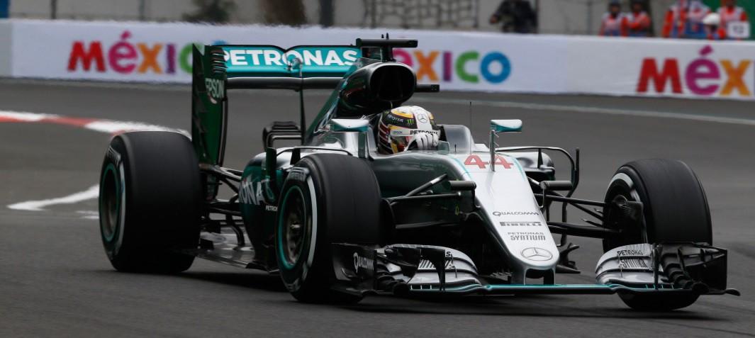 GP de México 2016 de Fórmula 1: pole para Hamilton, Sainz 10º y Alonso 11º