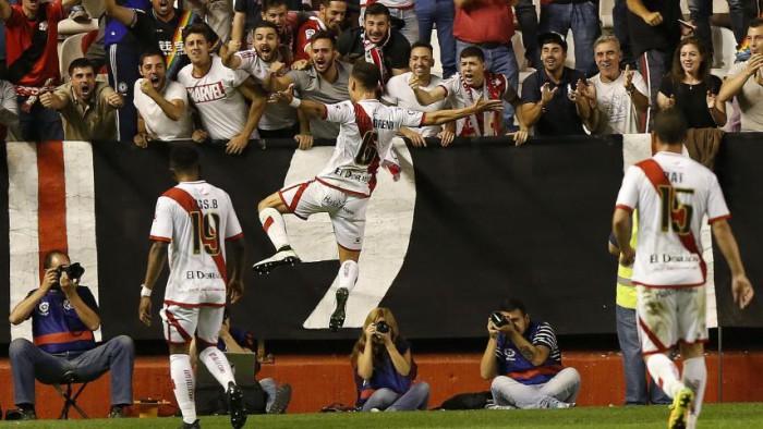 El Rayo goleó al Cádiz y escala posiciones en liga