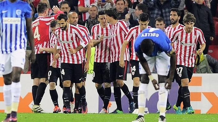 El Athletic de Bilbao mantiene sus opciones en la Europa League
